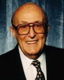 Will Eisner at Comic-Con International in 2001
