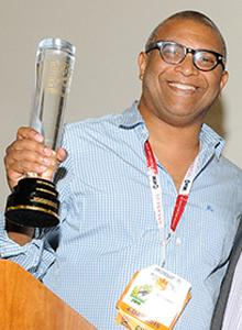 Reginald Hudlin with the 2015 Comic-Con International Icon Award