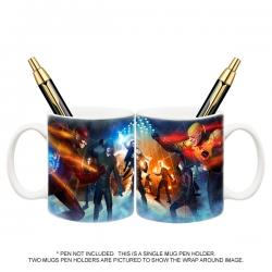 Exclusive Arrow and Flash TV Super Hero Fight Club Mug Pen Holder