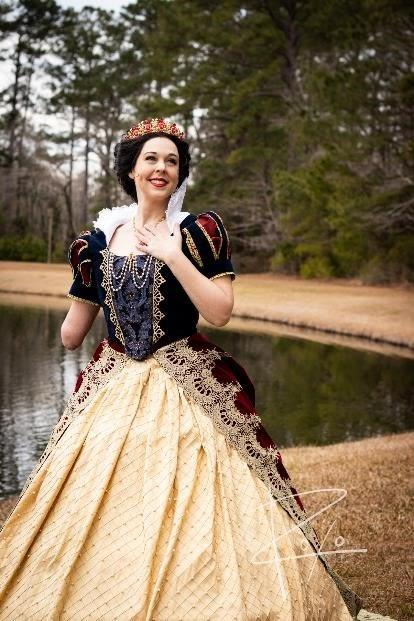 """""""Snow White"""" by Mandy Pursley / Be The Spark Cosplay"""